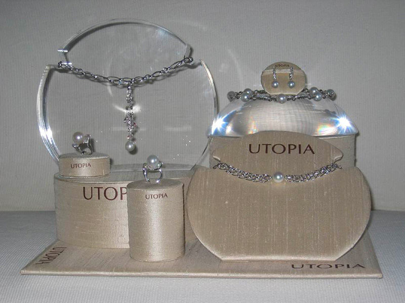 display-UTOPIA1]